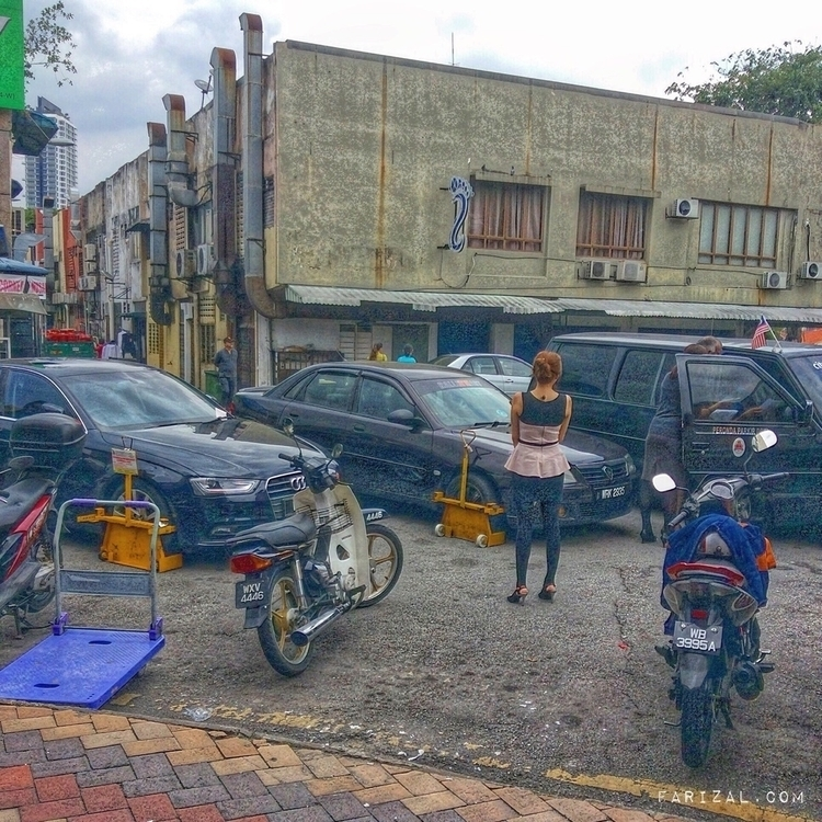 Damsel distress - wheelclamp, noparking - farizal | ello