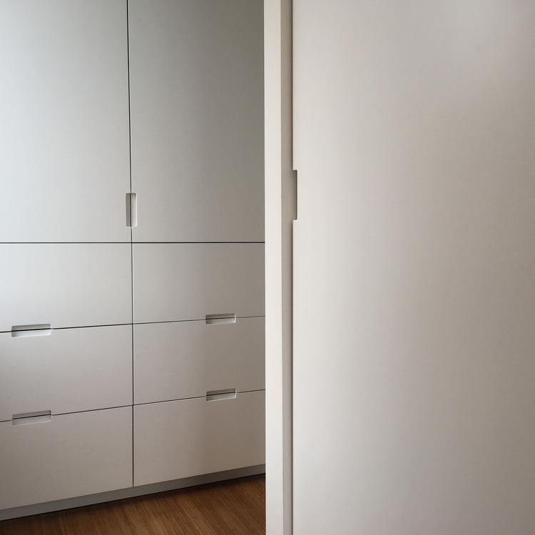 closetsclosetsclosets - mvnu | ello