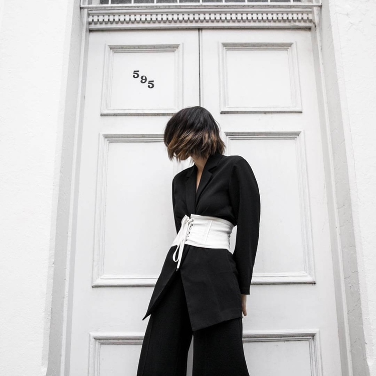 Blogger Stylishly Perfects Cors - thecoolhour | ello