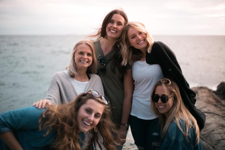 Smiles Lara, Taylor, Riley, Ken - kirschhhh | ello