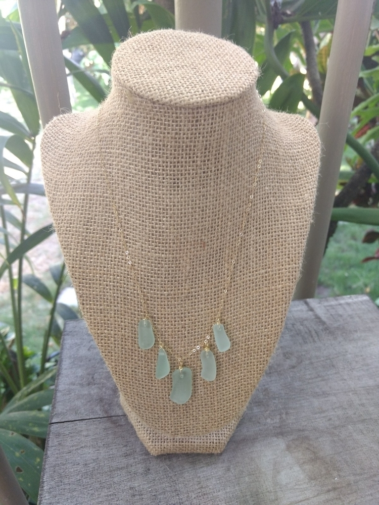Hawaiian Sea Glass Necklace sho - flatterydesigns | ello