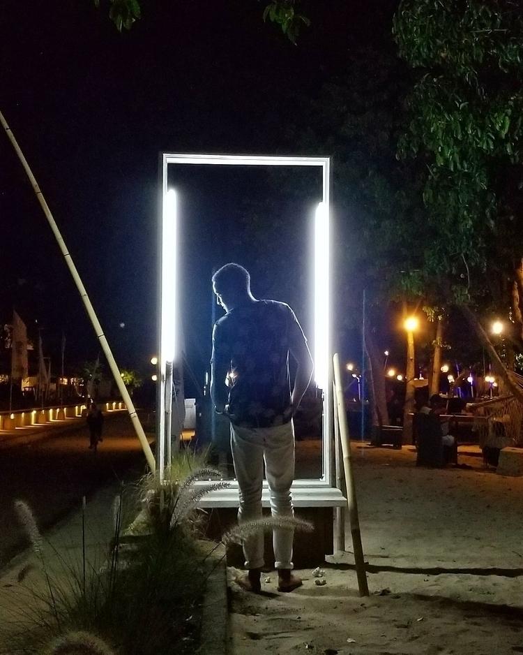 bout turn  - ellophotography, streetphotography - thisisjcobb | ello