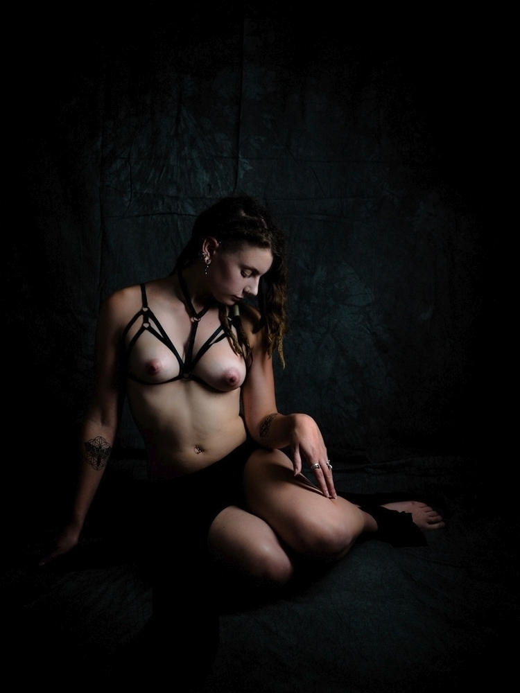 Model - photography, portrait, nude - darkenergyphotography | ello