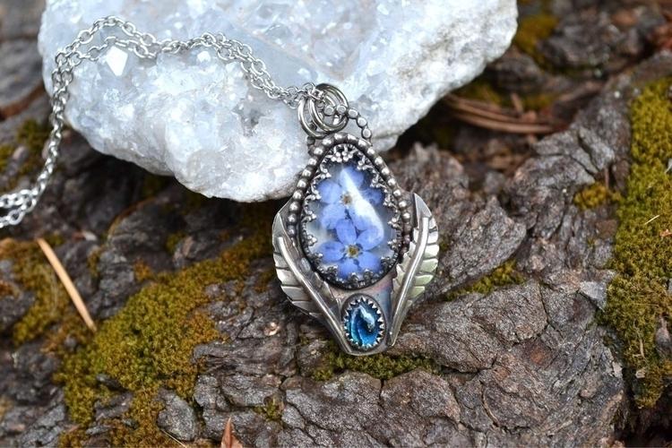Forget Nots beautiful blue Paua - lunafloradesigns   ello