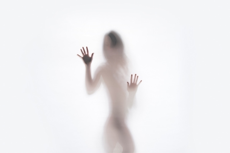 Touching Mist  - humanbody, portrait - networkabstracted | ello