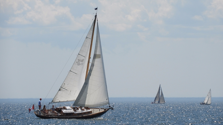 Toronto Island - outdoor, hdr, sailing - koutayba | ello
