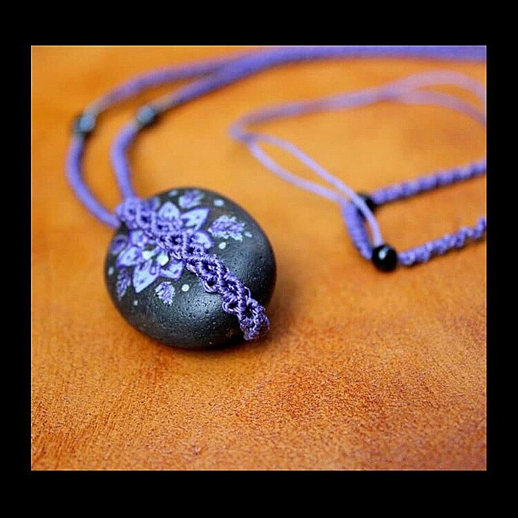 Detail Decorated Stone - necklace - macrame_birbyzossleptuve | ello