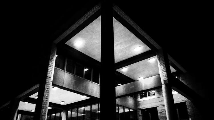 Nachtfoto 3 - blackandwhite, schwarzundweiß - on_mars | ello
