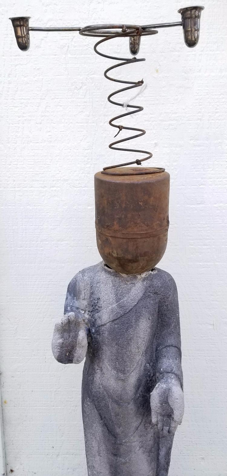 Standing Buddha series, dada - buddha, - knotter | ello
