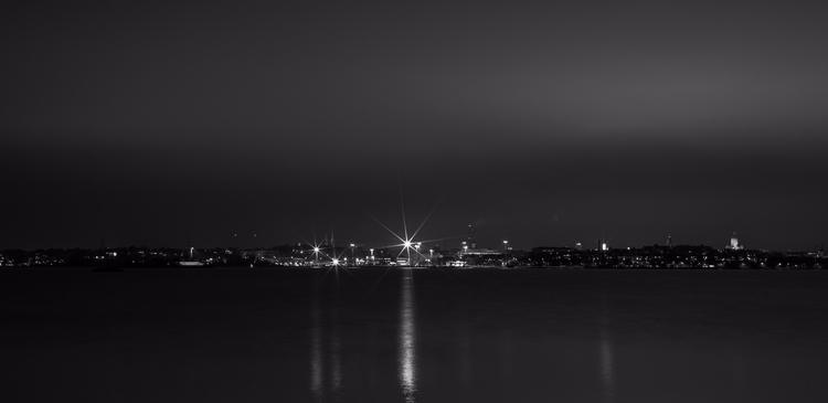 Helsinki silhouette - photography - anttitassberg | ello