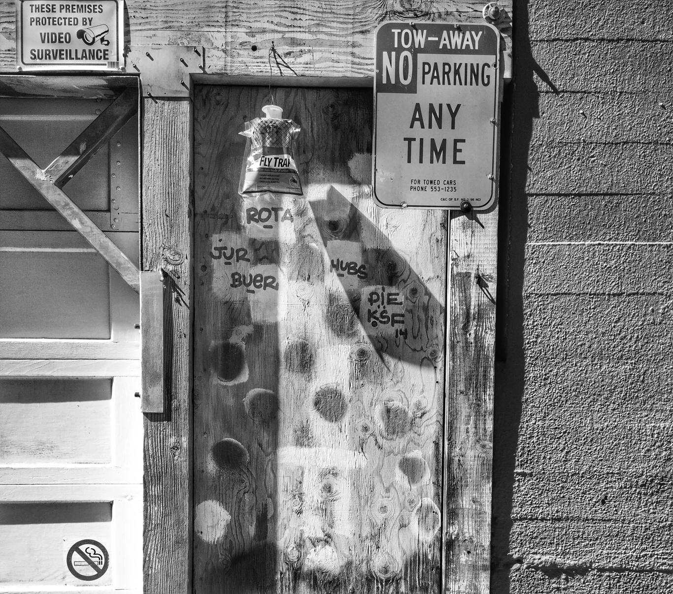 door heart / captured SOMA, San - voiceofsf | ello