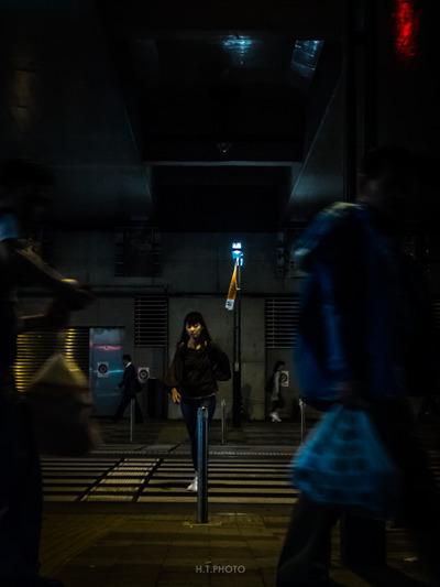 tokyo, night, walk, shinjyuku - ht-photo | ello
