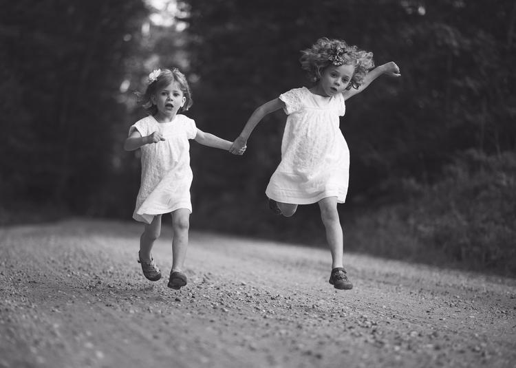 Sisters, photography, blackandwhite - thecrookedporch | ello