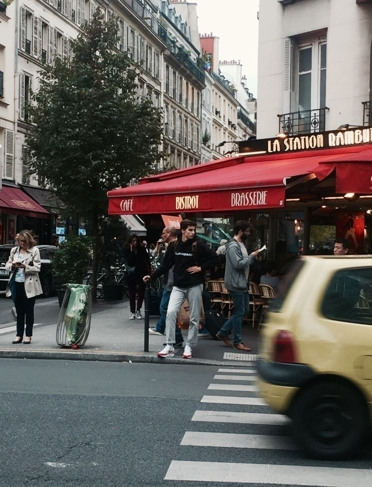 paris. oct17 - nelsss | ello
