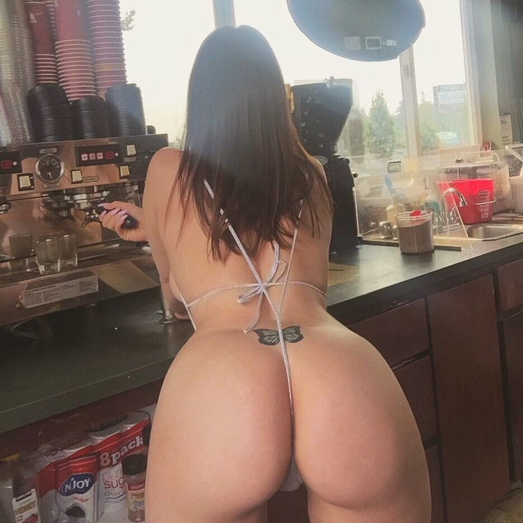 brunette, tattoo, ass, coffee - ukimalefu | ello