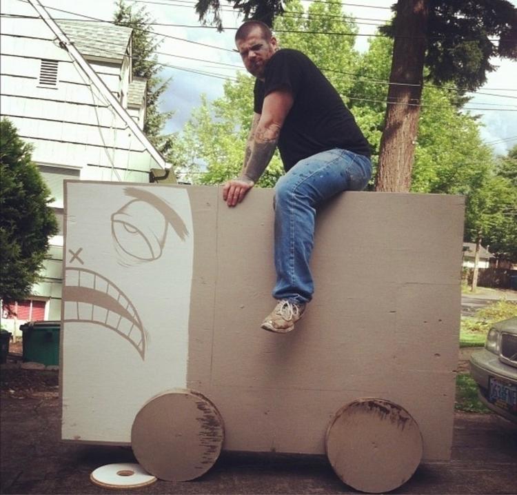 Giant toy - charliealankraft | ello