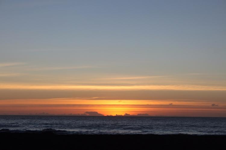 Cloudy sunset - Chile, Curanipe - lupesepulveda | ello