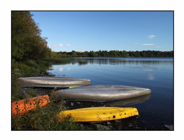 Colorful Canoes, Button Bay Sta - etbtravelphotography | ello