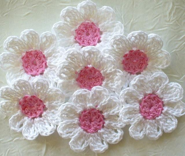 beautiful flower pattern, step  - brunacrochet | ello