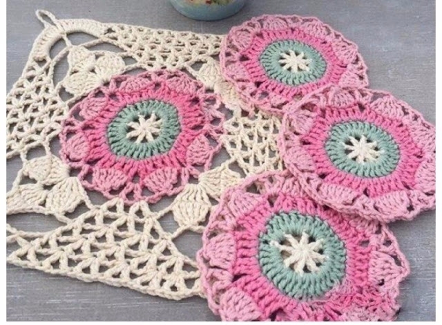 African dot crochet, loved simp - brunacrochet | ello