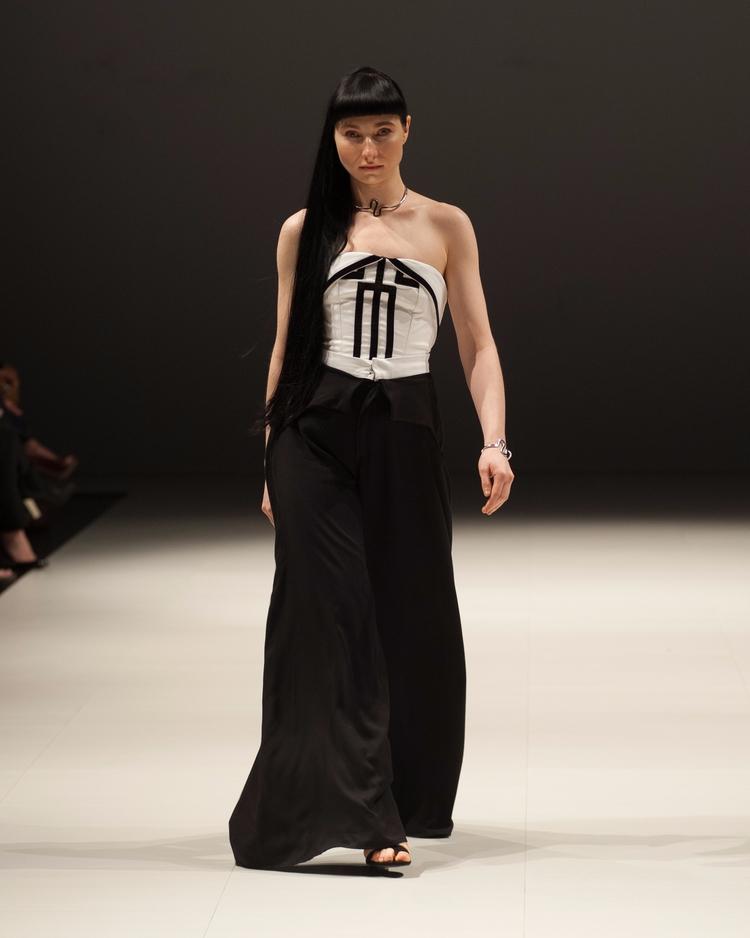 Fashion Art Toronto 2017 Model - 83studio | ello