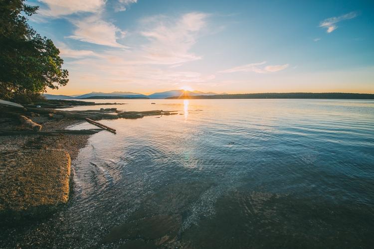 Day 157: Lake Salish Oct. 4, 20 - jonathonreed | ello