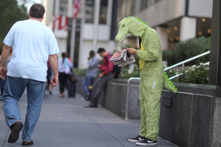 **Newspaper** alligator reading - kevinrubin | ello