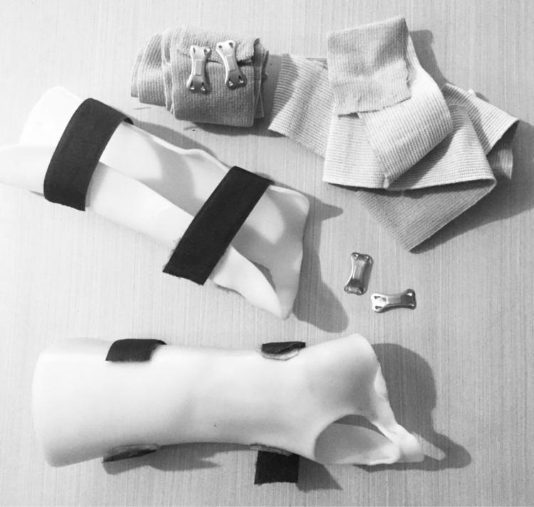 Days, Black White photos life.  - laurabalducci   ello
