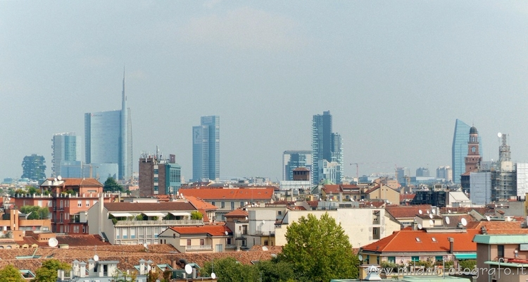 Milan (Italy): Unicredit Tower  - milanofotografo   ello