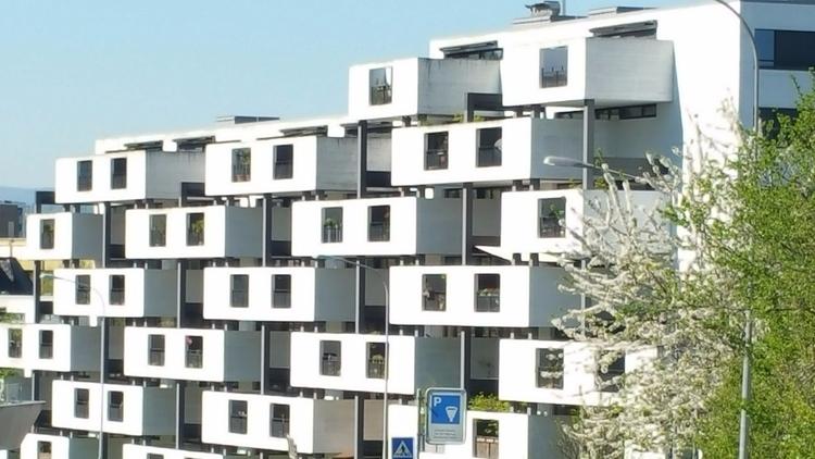 Zurich - Architecture Cube Buil - hoya1989 | ello