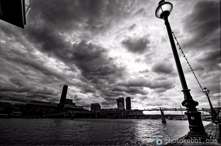 London city dark march day Amy  - rkebbi | ello