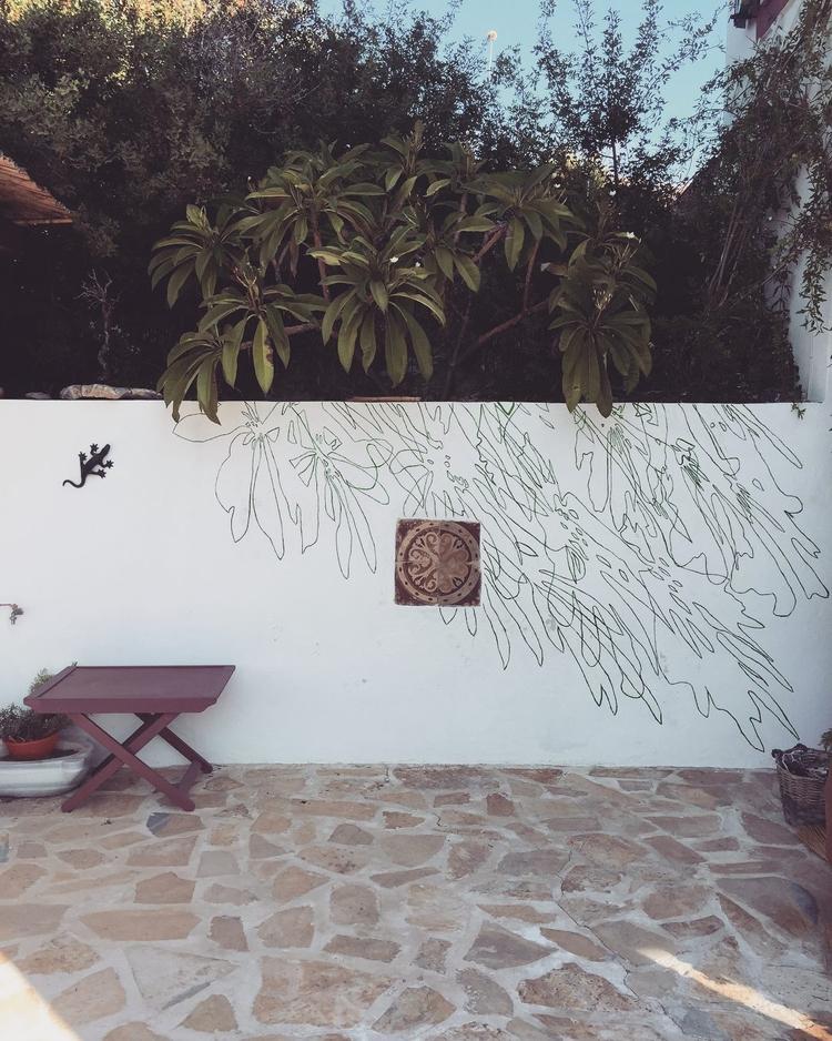 Temporary sundial mural Leros,  - urban_fairy | ello