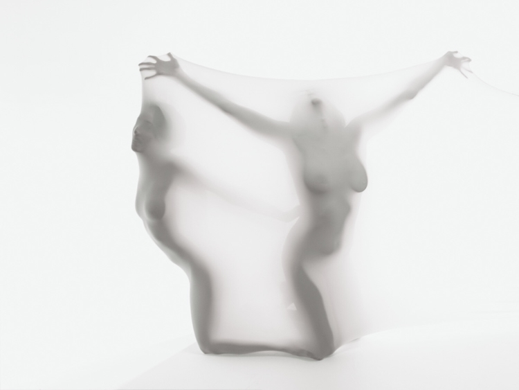 escape madness  - humanbody, portrait - networkabstracted   ello