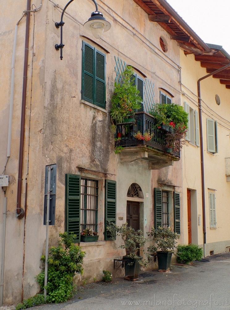 Piverone (Torino, Italy): house - milanofotografo | ello