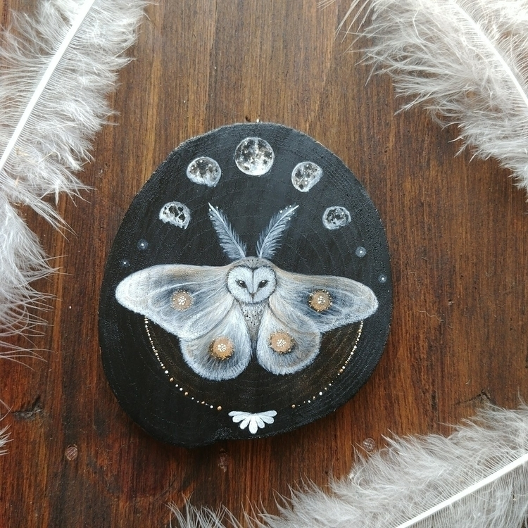 Mothowl- painting wood - owl, owllovers - magicwood_creations | ello