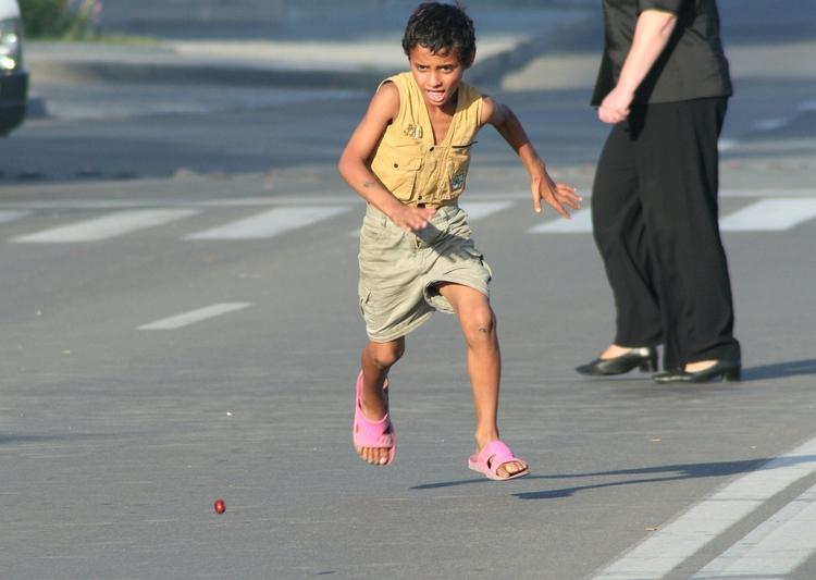 Street life....real people - streetlife - cornelgin | ello