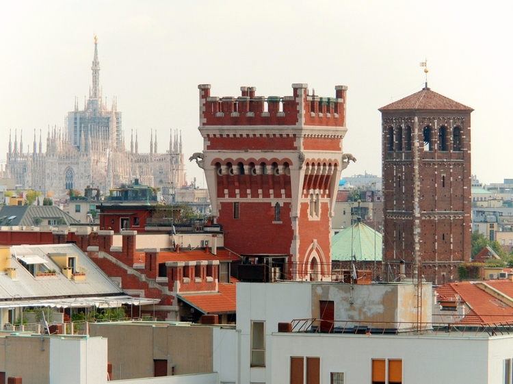 Milan (Italy): Duomo, tower Cov - milanofotografo | ello