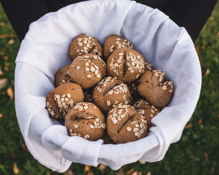 Sigteboller, danish rye rolls - baking - cnhphoto | ello