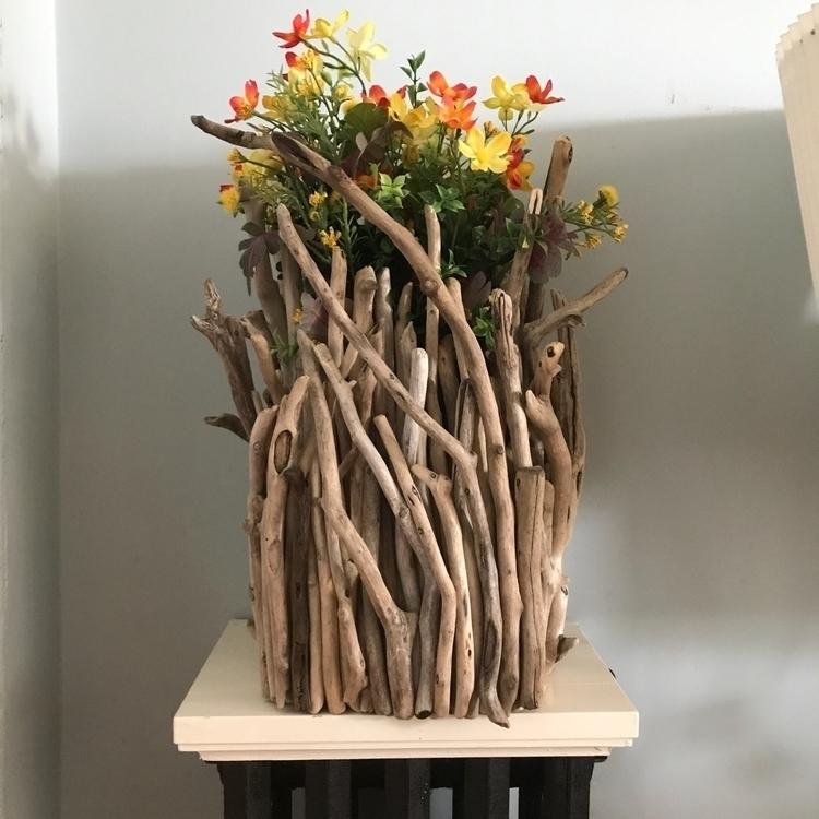 Driftwood vase - eydiexo | ello