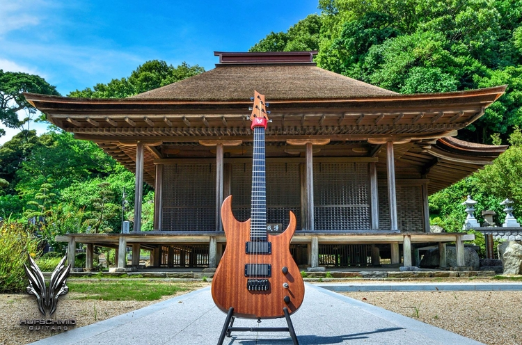 Awesome picture Japan, Hufschmi - hufschmidguitars | ello