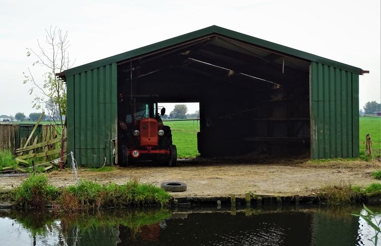 red tractor - huis-tuin-en-keukenfotograaf | ello