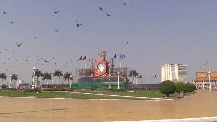 WANDERINGBOOK, PhnomPenh, ellotravel - chistinewilmes | ello