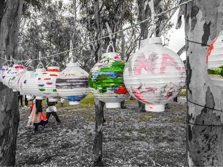 White paper lanterns - sacrecour | ello