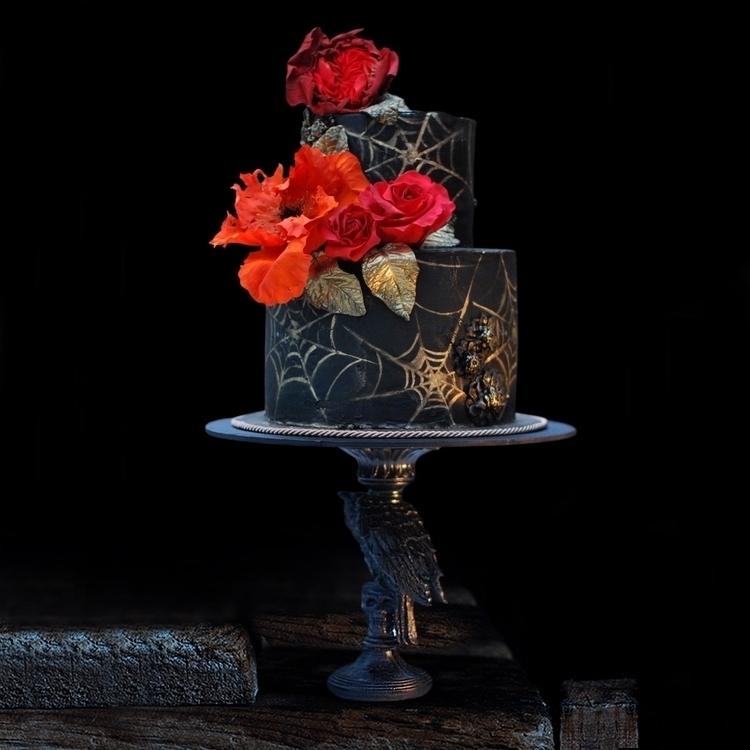 Halloween cake. Black chocolate - shelbyelizabethcakes | ello