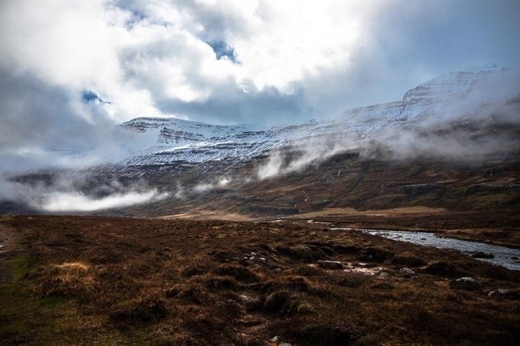 Iceland solitude relaxing - iceland - joanvillalon   ello