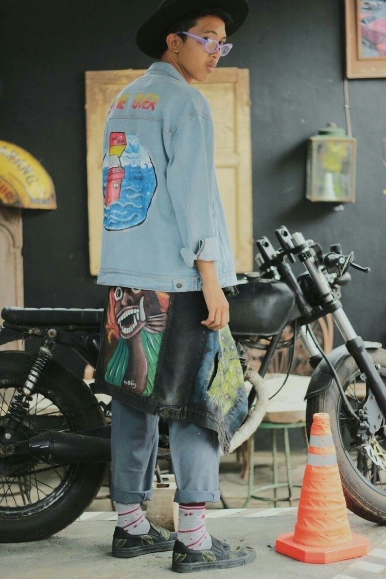 jeans painting // jacket art. f - baheliar | ello