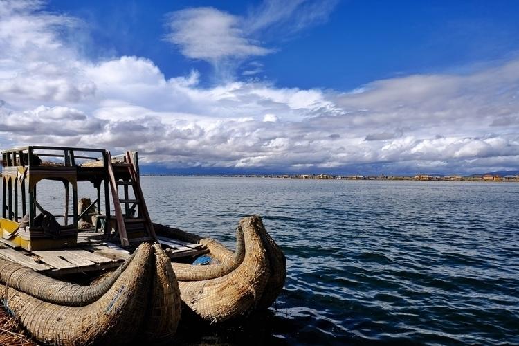 Boot der Uros Titikakasee bei P - weltfarben | ello