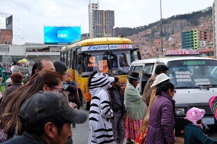 Der Verkehr La Paz - weltfarben | ello