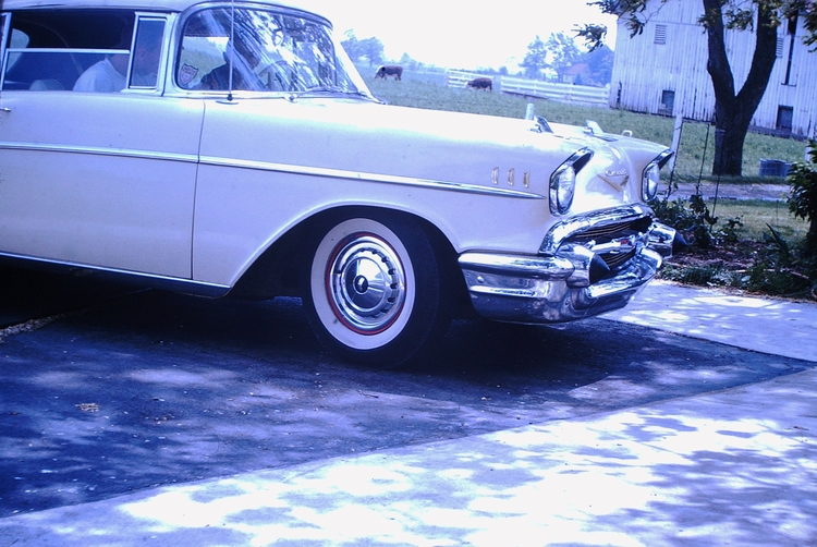 Photo - Classic Chevrolet, date - marksusina | ello