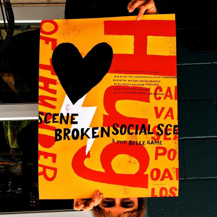 Broken Social Scene - Hug Thund - buchino | ello
